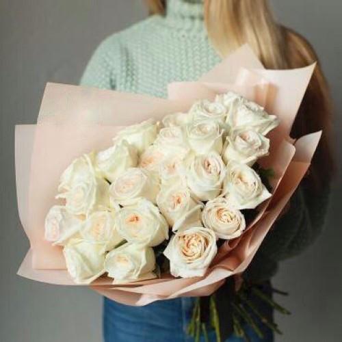 Купить на заказ Заказать Букет из 31 белой розы с доставкой по Аркалыку с доставкой в Аркалыке
