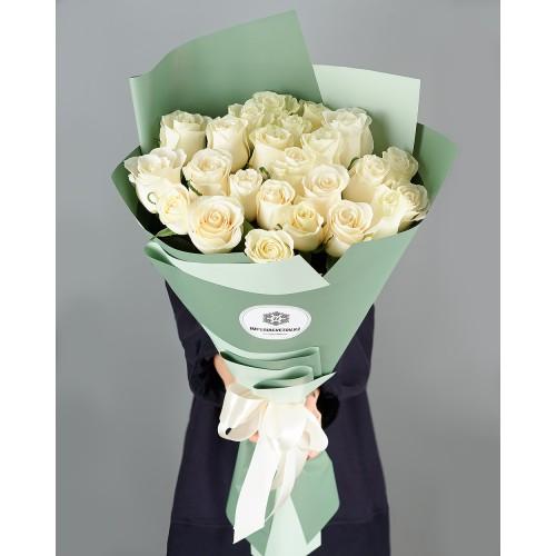 Купить на заказ Заказать Букет из 25 белых роз с доставкой по Аркалыку с доставкой в Аркалыке