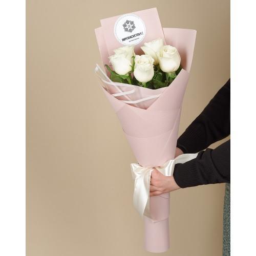 Купить на заказ Заказать Букет из 5 роз с доставкой по Аркалыку с доставкой в Аркалыке