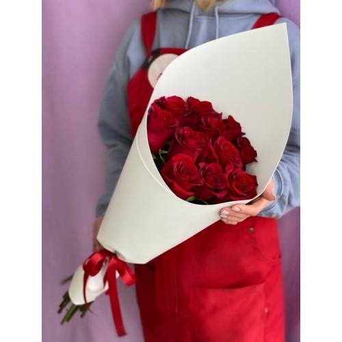 Купить на заказ Заказать 15 красных роз с доставкой по Аркалыку с доставкой в Аркалыке