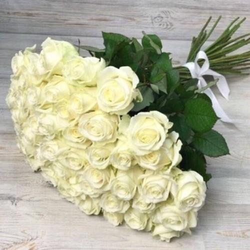 Купить на заказ Заказать Букет из 51 белой розы с доставкой по Аркалыку с доставкой в Аркалыке
