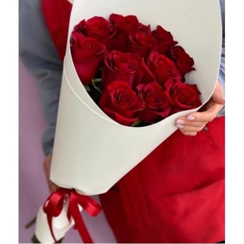 Купить на заказ Букет из 11 красных роз с доставкой в Аркалыке